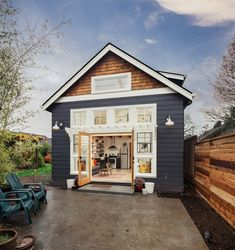 A new cottage takes the place of an old garage (photos) A work-at-home couple took down a dilapidated garage in their North Portland backyard to build a guesthouse they use as an office and for friends, Airbnb guests and community workshops. Backyard Cottage, Backyard House, Guest House Cottage, Backyard Guest Houses, Backyard Buildings, Cottage Farmhouse, Old Garage, Garage House, Garage Doors