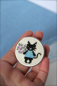 Cat brooch Cross stitch jewelry Cute jewelry Black by byKALYNKA