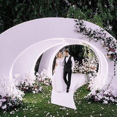 Image may contain: 1 person Tall Wedding Centerpieces, Wedding Stage Decorations, Wedding Themes, Wedding Events, Wedding Stage Design, Marriage Decoration, Luxury Wedding Venues, Festa Party, Wedding Preparation