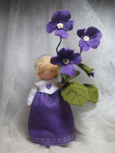 Deko-Objekte - Blumenkind-Veilchen 2 für den Waldorf-Jah... - ein Designerstück von Blumenkinder-Unikate bei DaWanda