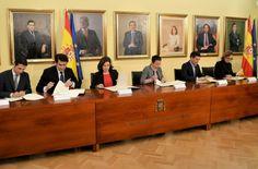 El alcalde firma un convenio con la Comisión Nacional para la conmemoración del IV Centenario - http://www.dream-alcala.com/el-alcalde-firma-un-convenio-con-la-comision-nacional-para-la-conmemoracion-del-iv-centenario/