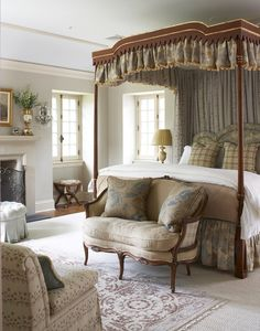 Love the use of different muted-tone fabrics here! The Enchanted Home: Late week random musings....