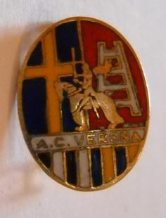 calcio distintivo spilla AC Verona Hellas old pin football badge