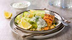 Oppskrift på Ørret med quinoa og yoghurtsaus