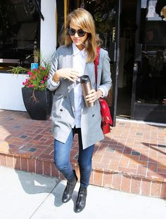 9 Genius Style Lessons Learned From Jessica Alba via @WhoWhatWear