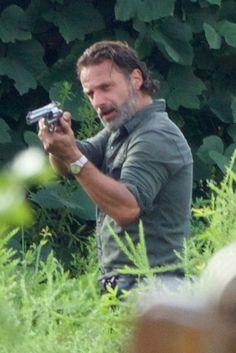 Cast Members Arrive for 'The Walking Dead' Season 7 - Episode 9