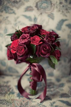Marsala is officially Patone's 2015 color of the year! Marsala reminds of burgundy, and it's named after the famous red wine from Italy. Black Magic Roses, Red Roses, Red Flowers, Flowers Wine, Black Roses, Deco Floral, Arte Floral, Black Baccara Roses, Beautiful Roses