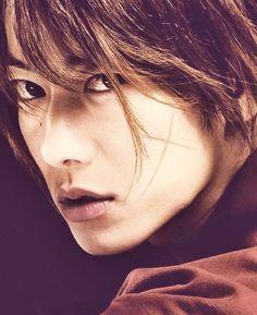 Takeru Sato as Kenshin Himura.