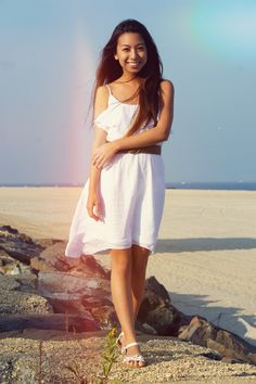 WEARING: CHARLOTTE RUSSE DRESS (C/O) + URBAN OUTFITTERS SANDALS