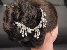 Lovely chandelier wedding bridal hair chain by weddingvalle