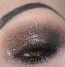 Slightly more subtle smoky eye using the Urban Decay Smoked palette.