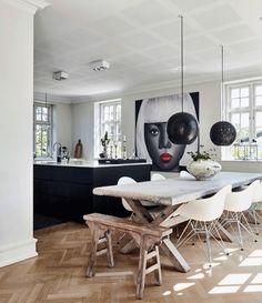 """Mad & Bolig (@madogbolig) on Instagram: """"Er rustikt plankebord kan sagtens passe ind i et moderne køkken. Et godt tip er at parre det med…"""""""
