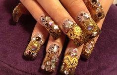 Diseños de uñas con acrílico, diseño uñas de acrílico.   #diseñouñas #instanails #uñasbonitas