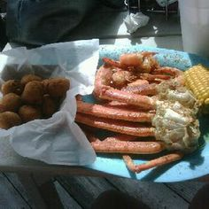 Sting Ray S Has Some Of The Best Seafood On Tybee Try Crab Legs