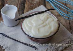 Crema al latte e vaniglia senza uova