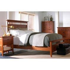 Cresent Fine Furniture Modern Shaker Panel Bed - CREN095