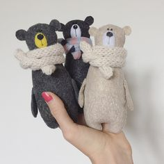 bear toy Your place to buy and sell all things handmade Three little bears Felt Crafts, Fabric Crafts, Kids Crafts, Fabric Animals, Felt Animals, Sewing Toys, Sewing Crafts, Bear Felt, Teddy Bear Toys