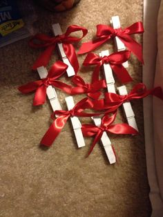 Clips for the wedding money tree!
