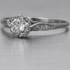 Antique/Vintage Rings are my favorite...I love this!