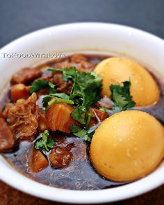 To Food with Love: Vietnamese Braised Pork Belly with Coconut Juice