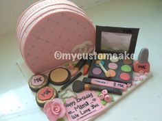 comestic cakes   cosmetic bag cake all posts tagged cosmetic bag cake make up cake ...