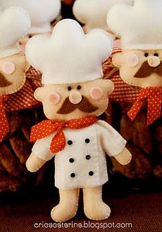 Adorable chef.  no pattern or directions.