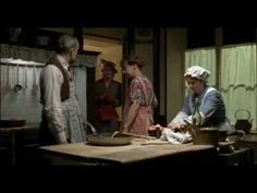Os pequenos crimes de Ágatha Cristhie -   Assassinatos em série (1x01
