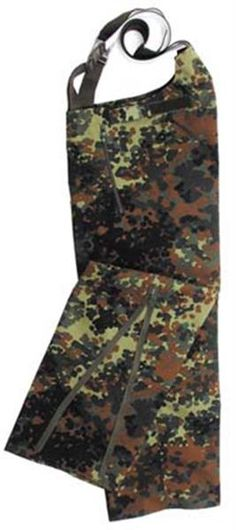 German Army flecktarn wet weather pants are great for german amy service  members or outdoors man to keep their clothes dry in the rain. 60e59928985d