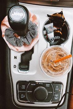 25 Ideas For Cute Cars Accessories Vsco Auto Jeep, Cj Jeep, Mopar Jeep, Aston Martin Vanquish, Bmw I8, Car Essentials, Beauty Essentials, My Dream Car, Dream Cars