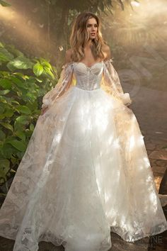 Ball Gown Dresses, Prom Dresses, Ball Gowns Prom, Dream Wedding Dresses, Fairy Wedding Dress, Fairy Dress, Corset Wedding Dresses, Ethereal Wedding Dress, Queen Wedding Dress