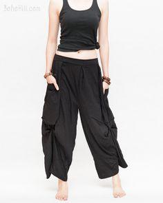 Loose Fit Cropped Harem Pants Oversize Pockets Drape Winglets (Black)