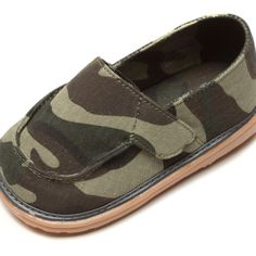 canvas-boys-girls-toddler-squeaky-shoes-camouflage.jpg