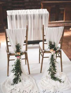 Newest No Cost Wedding decorations of the church – Bydgoszcz, Toruń, Inowrocław Simple Church Wedding, Rustic Wedding, Church Weddings, Garden Weddings, Forest Wedding, Dream Wedding, Cheap Wedding Decorations, Pew Decorations, Wedding Chairs