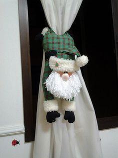 me ~ Noel cortina Christmas Makes, Felt Christmas, Christmas And New Year, All Things Christmas, Christmas Holidays, Christmas Ornaments, Santa Crafts, Christmas Projects, Holiday Crafts