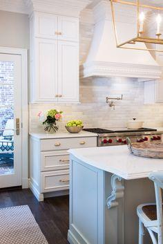 Before After Colonial Kitchen Renovation - Karr Bick Kitchen & Bath Cottage Kitchen Backsplash, Kitchen And Bath, Kitchen Decor, Kitchen Ideas, Kitchen Lighting Design, Interior Design Kitchen, Beautiful Houses Interior, Beautiful Kitchens, Kitchen Cabinet Hardware