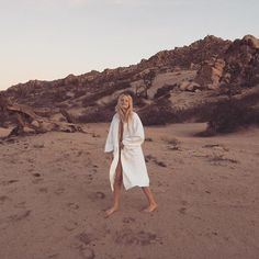 Relax in a Robe - Hanne Gaby Odiele-Wmag