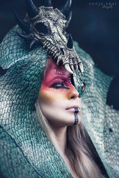 nice Photographer: Sonja Saur Headpiece: Posh Fairytale Couture Makeup: Rachel Sigmon Model: Lina Metz Read More by Dark Beauty, Makeup Fx, Tribal Makeup, Couture Makeup, Fantasy Make Up, Dark Fantasy Makeup, Special Effects Makeup, Face Off, Creative Makeup