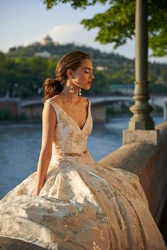 Octavia-wedding-dress-from-the-Stephanie-Allin-Bellissimo-Collection-2017