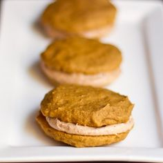 Vegan Pumpkin Spice Whoopie Pies! Um, YES! Cannot wait to make these...