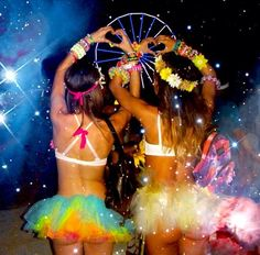 I know this pretty rave girl