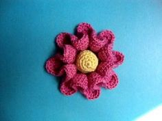 ▶ Цветы вязаные крючком Урок 41 Crochet flower pattern for free - YouTube, its all in Russian, but you get the idea