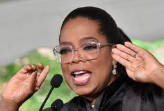 Oprah's Eyeglasses Styles: 14 Iconic Frames Winfrey Wore - Vint & York Oprah Glasses, Fashion Eye Glasses, Eyeglasses For Women, Oprah Winfrey, Glasses Frames, Jennifer Lopez, Eyewear, Black Women, Hair Styles