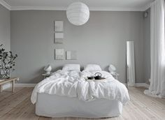 A home tour around a beautiful, calm Scandinavian interior with white and grey decoration Nordic Bedroom, Home Bedroom, Bedroom Decor, Scandinavian Bedroom, Gravity Home, Scandinavian Interior Design, Bean Bag Chair, Furniture, Home Decor