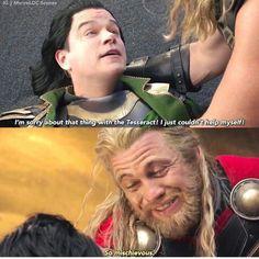 This was literally the best scene in the movie<--- I love that it's Matt Damon and Luke(?) Hemsworth.