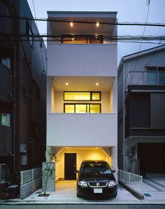 Minimal House Design, Modern Small House Design, House Front Design, Tiny House Design, Minimalist Architecture, Modern Architecture, Japanese Modern House, Narrow House Designs, Street House