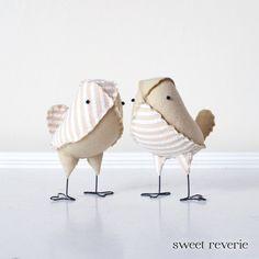 Love Birds - Mini Vintage Tan and White Stripe Seersucker Wedding Birds, Rustic Woodland Wedding Decor - Made to Order op Etsy, £28.11
