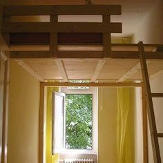 Hochbett selber bauen mit Materialliste und Bauanleitung Loft Spaces, Small Spaces, Adult Loft Bed, Tiny Loft, Student Home, Loft Room, House Rooms, Home Remodeling, Sweet Home