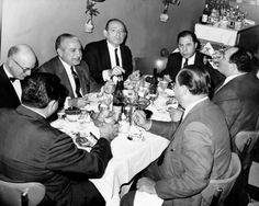 Los hombres de la Cosa Nostra (l. A r.) Abogado Jack Wasserman, Carlos Marcello, Santo Trafficante, Frank Ragano, abogado Anthony Carollo, F ...