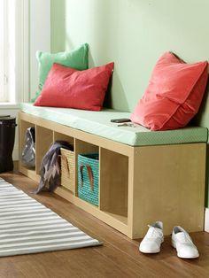 In Ihrem Flur fehlt noch eine passende Sitzbank? Egal ob Sie viel Platz haben oder wenig - wir haben garantiert die richtige Lösung für
