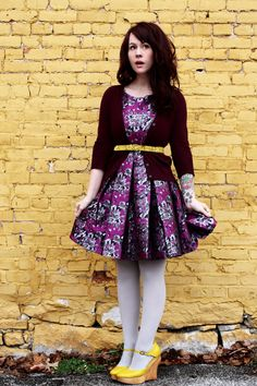 Purple dress with yellow shoes | http://abeautifulmess.typepad.com/my_weblog/2012/02/tips-for-great-outfit-photos-.html